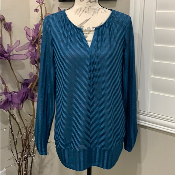 AGB Tops - Beautiful Dark Turquoise Top with silver accent